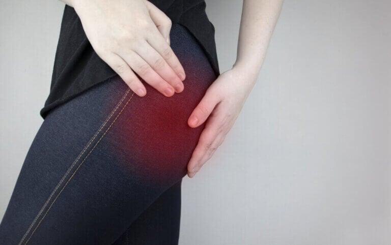 Ciática: sintomas, causas, prevenção e tratamento